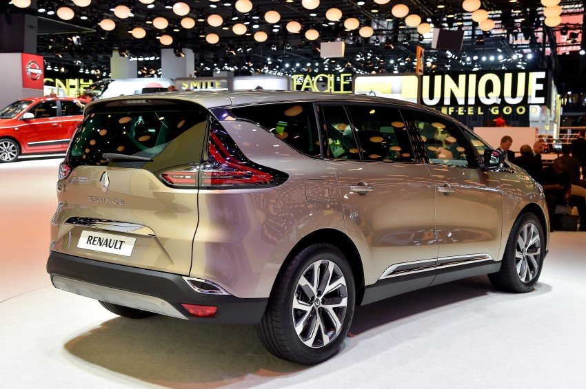 Paris 2014: New Renault Espace snapped before unveil Image #277823