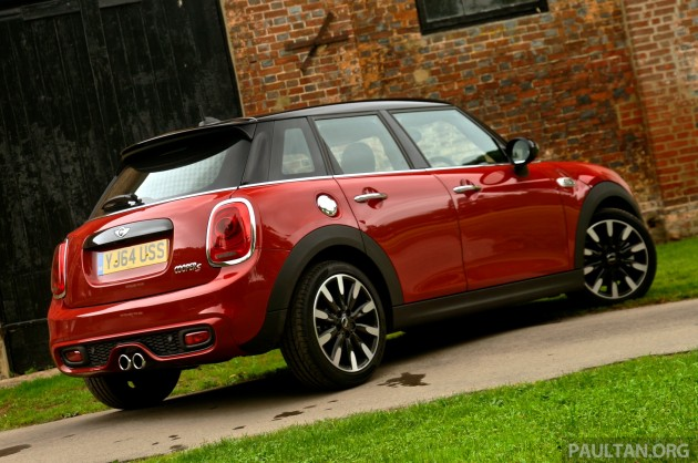 driven f55 mini cooper s 5 door tested in the uk. Black Bedroom Furniture Sets. Home Design Ideas