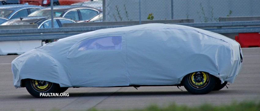 SPYSHOTS: Mysterious Mercedes-Benz Concept with skinny tyres – could this be shown at CES 2015? Image #281942