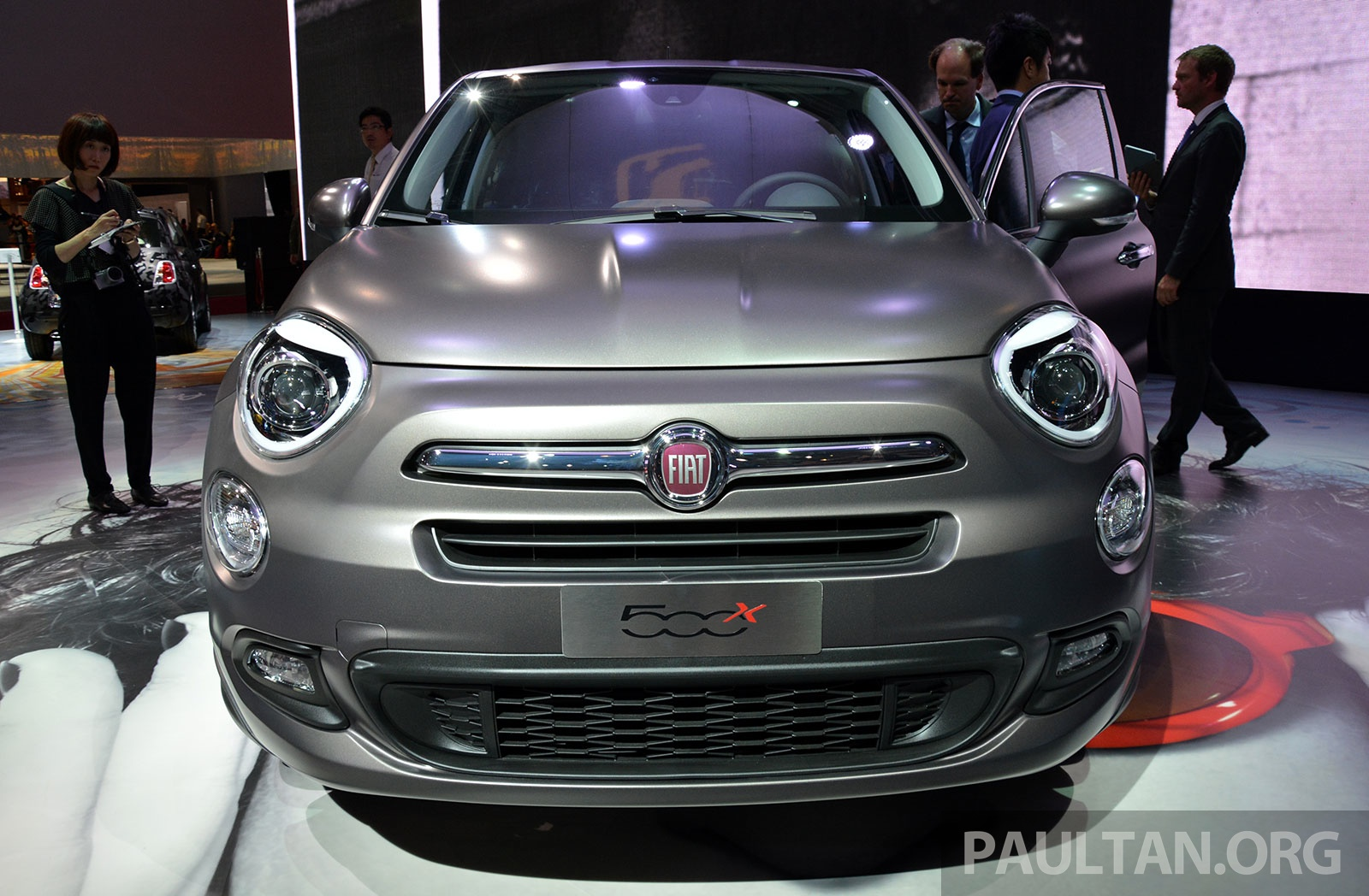 fiat 500x mini crossover officially unveiled in paris image 277830. Black Bedroom Furniture Sets. Home Design Ideas