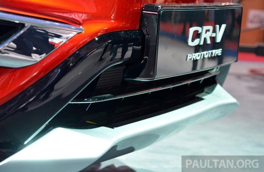 Honda CR-V European facelift – live images from Paris Image #278471