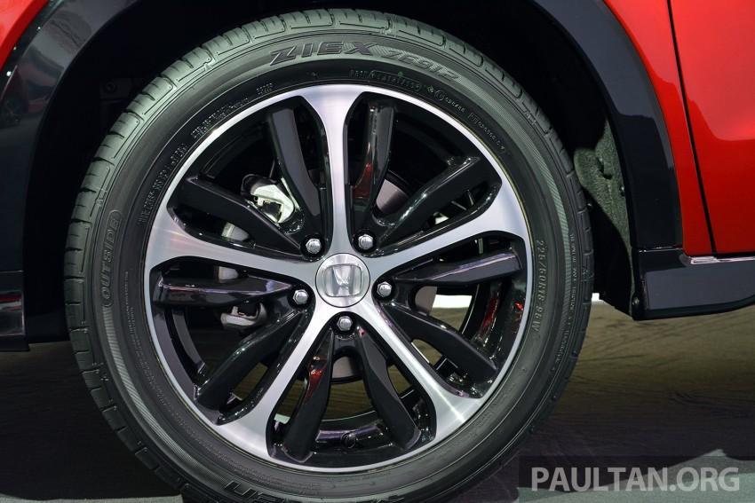 Paris 2014: European Honda HR-V looking good in red Image #277910