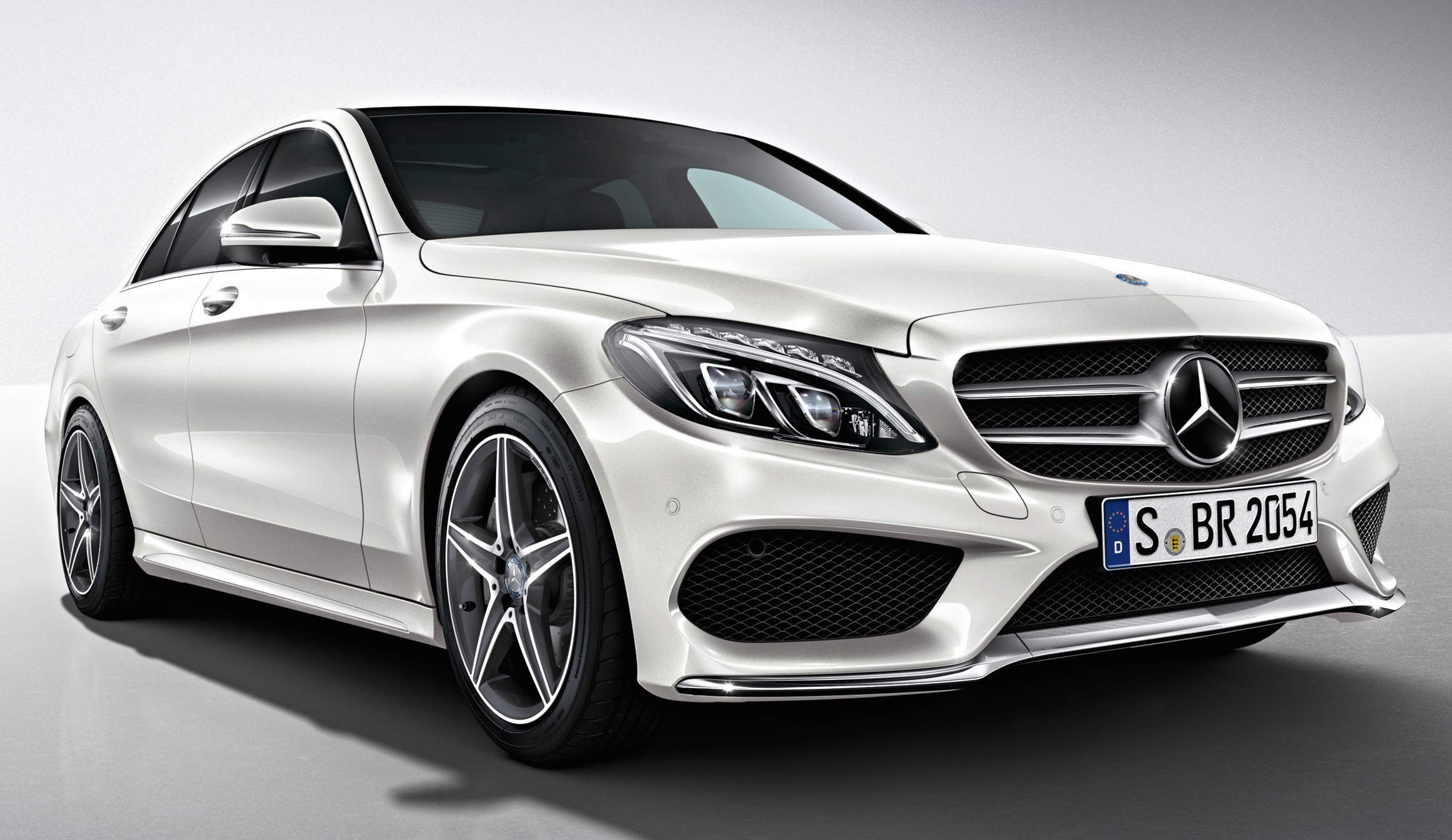 mercedes benz m 39 sia drops c class prices c200 now from rm248k ckd c250 amg line launched rm288k. Black Bedroom Furniture Sets. Home Design Ideas