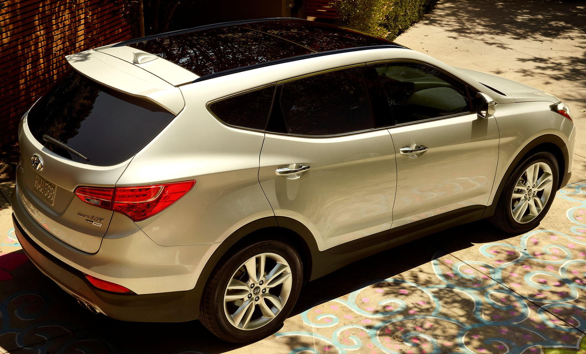 Hyundai Santa Fe Gets Updated For 2015 In The Us