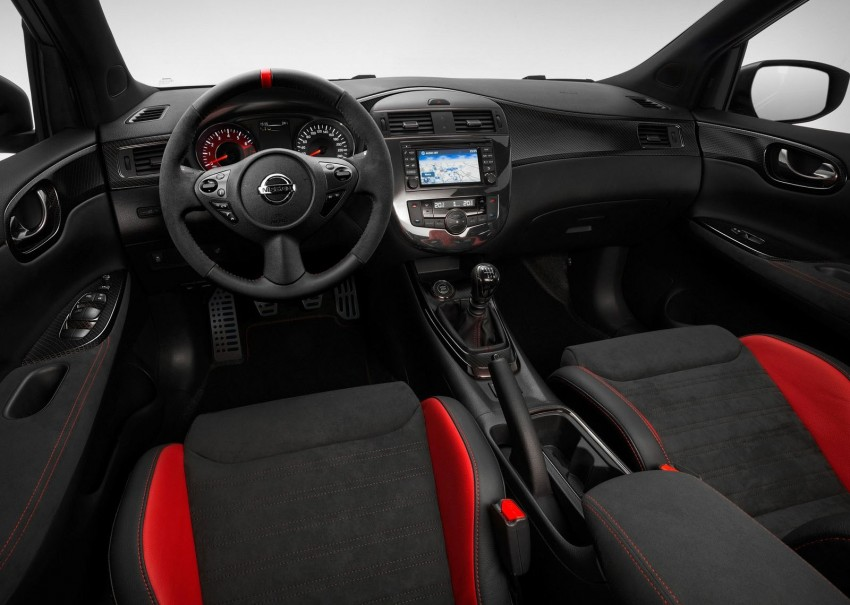 Nissan Pulsar Nismo Concept unveiled at Paris show – one step closer to taking on the Golf GTI Image #277641