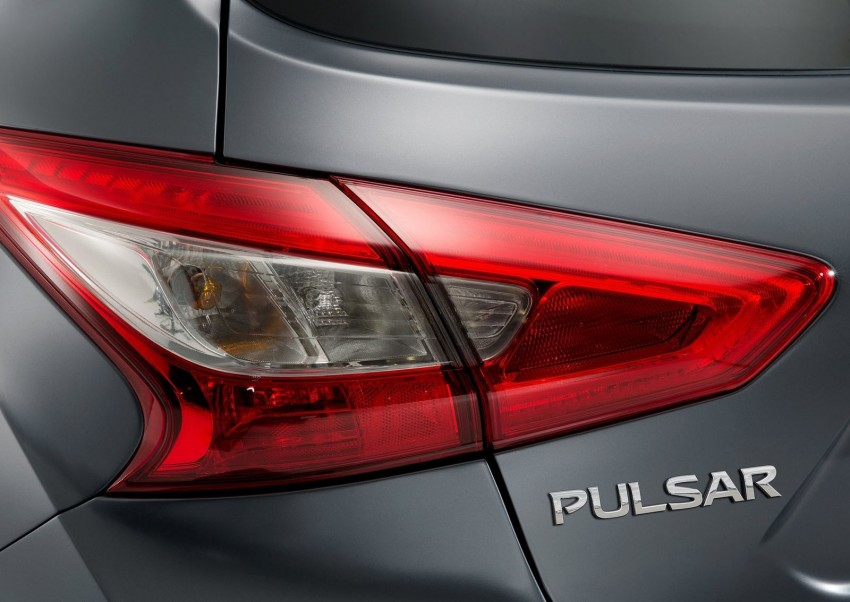Nissan Pulsar Nismo Concept unveiled at Paris show – one step closer to taking on the Golf GTI Image #277636