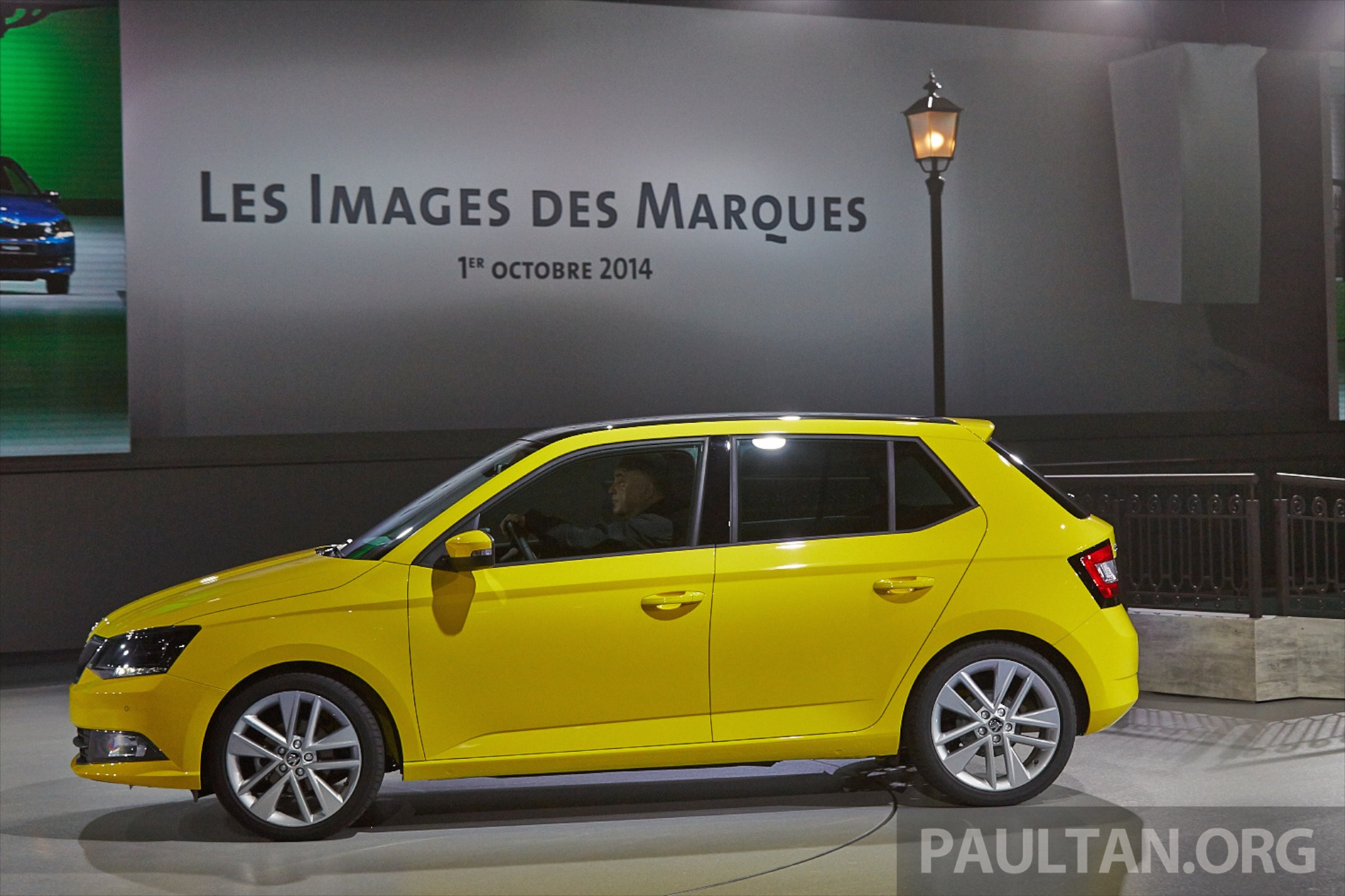 Skoda fabia combi wagon unveiled debuts in paris image 277268 for Garage skoda paris 12