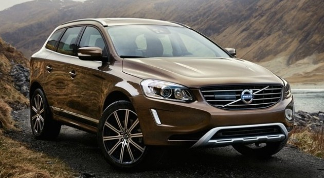Next Gen Volvo V40 To Spawn Xc40 Crossover And Phev 105308 further Volvo Xc60 Interior Volvo Xc60 Interior additionally Volvo Xc60 Dominates In Europe As The Best Selling Mid Size Suv together with Volvo Xc40 Confirmed 2020 further Volvo Xc60 Video Prova Test 2015. on 2015 volvo crossover xc60