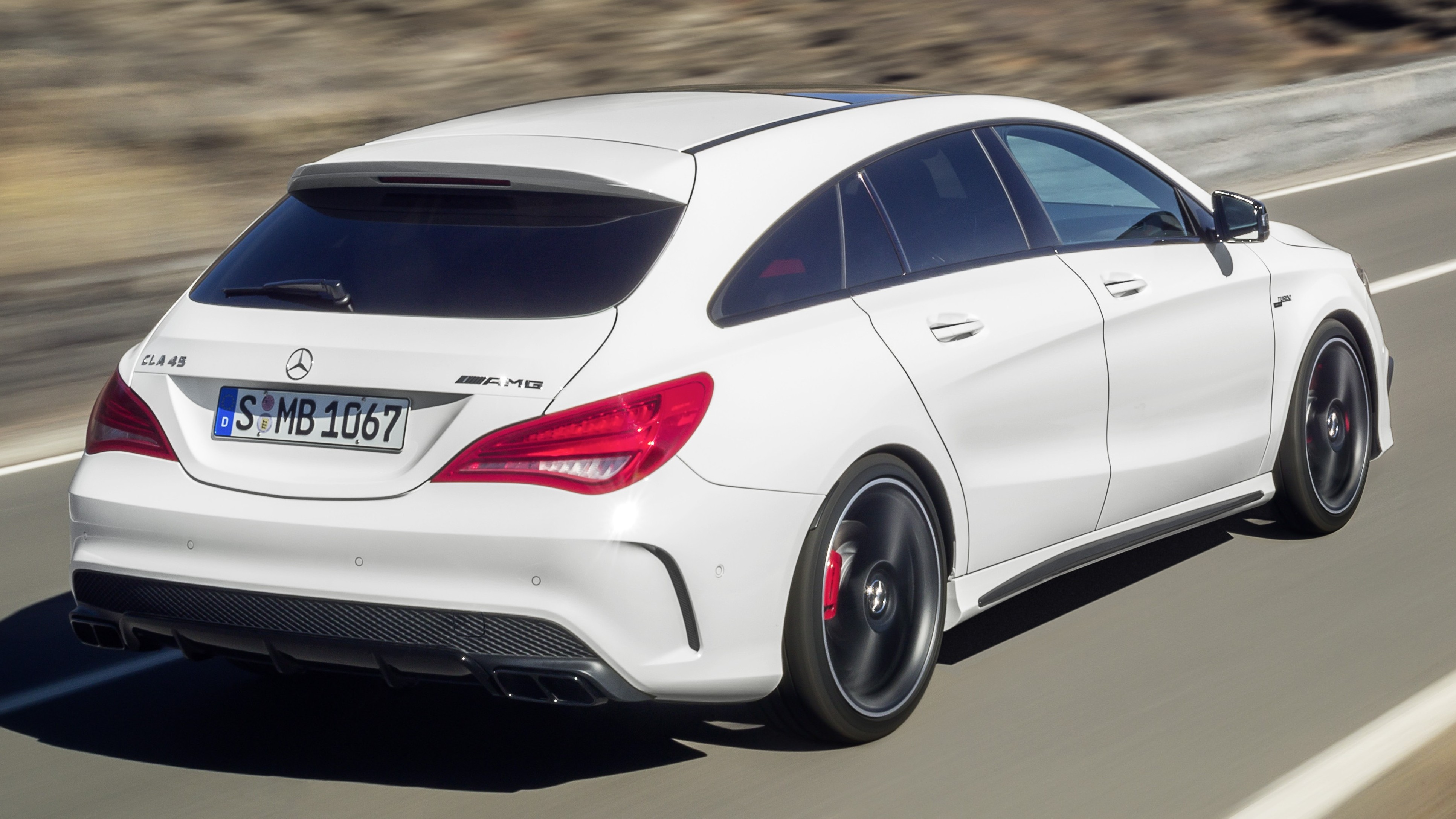 mercedes benz cla class shooting brake unveiled. Black Bedroom Furniture Sets. Home Design Ideas