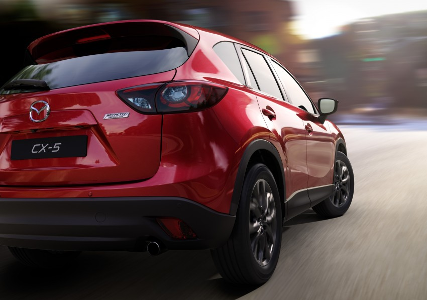 Mazda CX-5 facelift appears at LA with minor upgrades Image #289619
