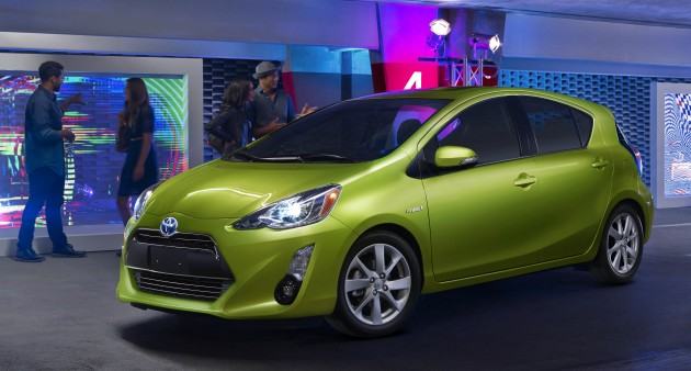 2015 toyota prius c facelift upgraded inside and out. Black Bedroom Furniture Sets. Home Design Ideas