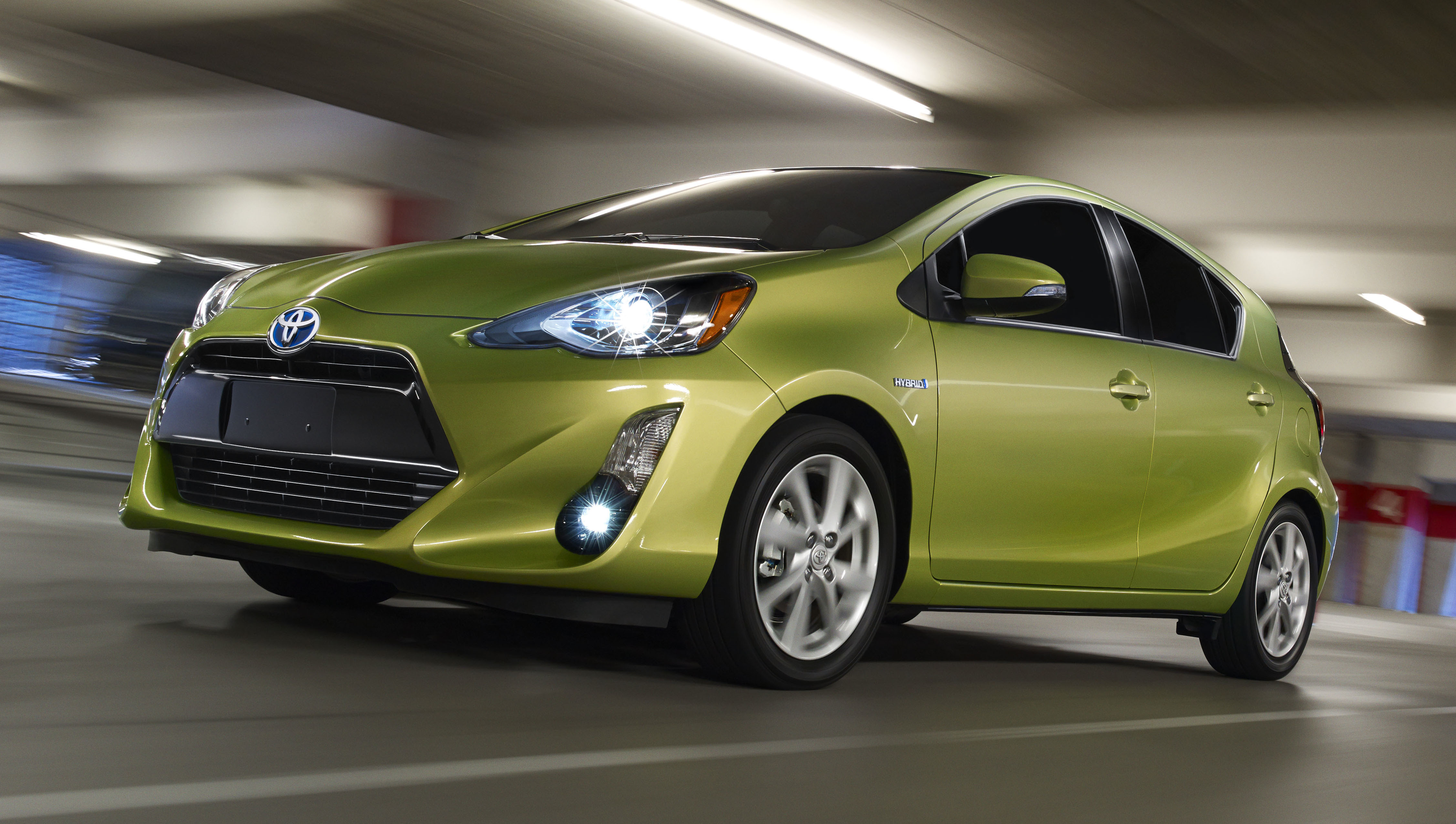 2015 Toyota Prius C Facelift Upgraded Inside And Out
