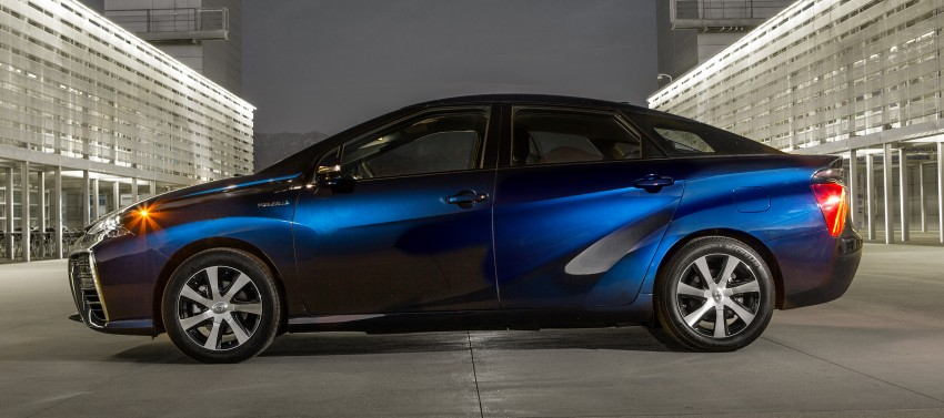 Toyota Mirai fuel cell vehicle officially revealed; touts a range of 483 km, available in second quarter of 2015 Image #288831