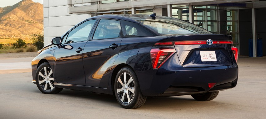 Toyota Mirai fuel cell vehicle officially revealed; touts a range of 483 km, available in second quarter of 2015 Image #288830