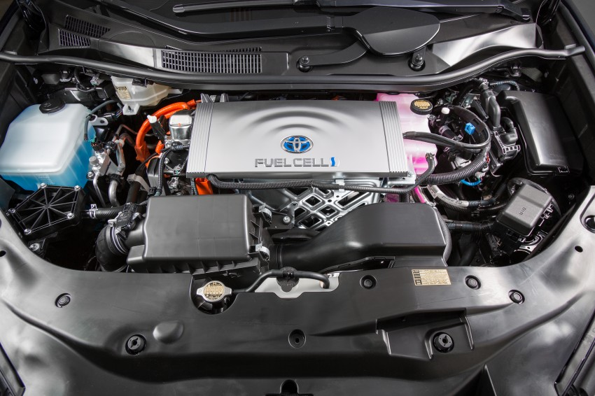 Toyota Mirai fuel cell vehicle officially revealed; touts a range of 483 km, available in second quarter of 2015 Image #288826