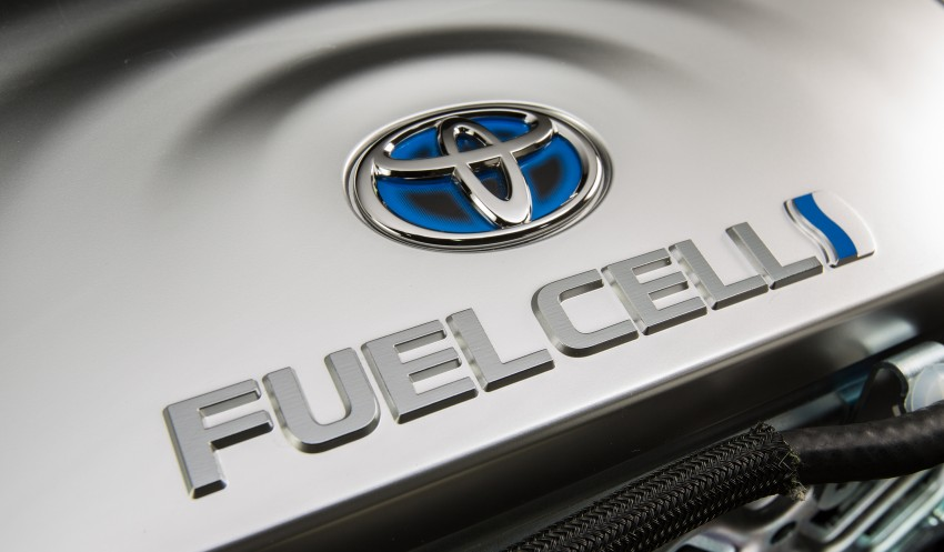 Toyota Mirai fuel cell vehicle officially revealed; touts a range of 483 km, available in second quarter of 2015 Image #288819