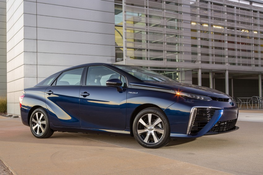 Toyota Mirai fuel cell vehicle officially revealed; touts a range of 483 km, available in second quarter of 2015 Image #288814