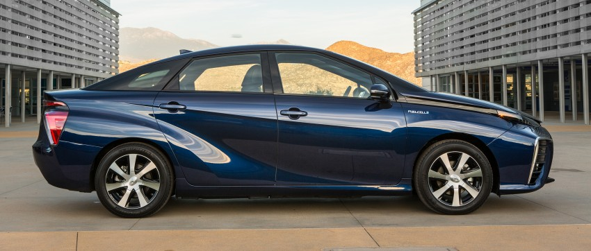 Toyota Mirai fuel cell vehicle officially revealed; touts a range of 483 km, available in second quarter of 2015 Image #288806