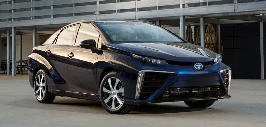 Toyota Mirai fuel cell vehicle officially revealed; touts a range of 483 km, available in second quarter of 2015 Image #288805