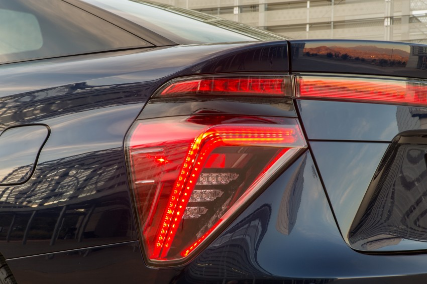 Toyota Mirai fuel cell vehicle officially revealed; touts a range of 483 km, available in second quarter of 2015 Image #288837