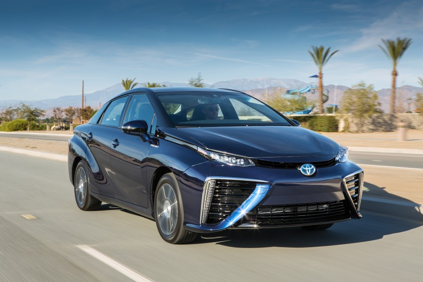 Toyota Mirai fuel cell vehicle officially revealed; touts a range of 483 km, available in second quarter of 2015 Image #288795