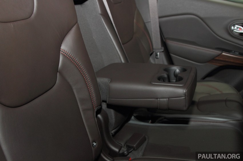 Jeep Cherokee launched in Malaysia, from RM349k Image #292407
