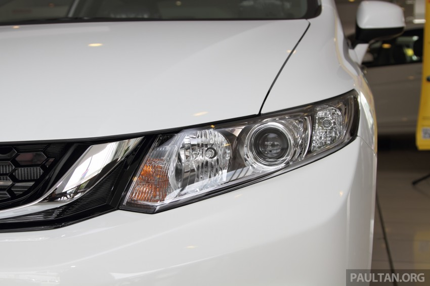 GALLERY: 2014 Honda Civic 1.8S facelift in showroom Image #288274