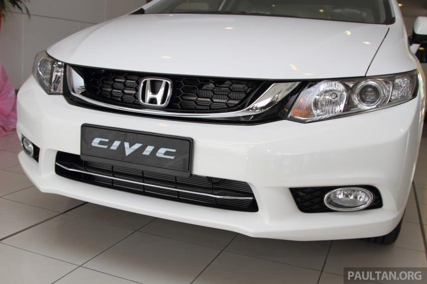 GALLERY: 2014 Honda Civic 1.8S facelift in showroom Image #288279