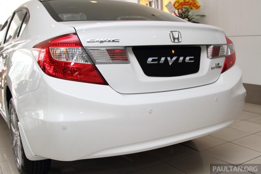 GALLERY: 2014 Honda Civic 1.8S facelift in showroom Image #288286