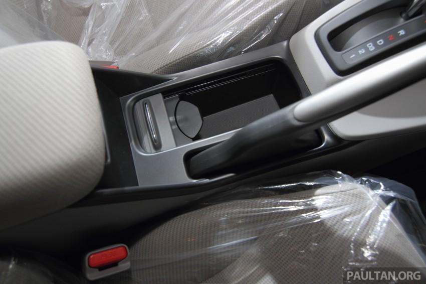 GALLERY: 2014 Honda Civic 1.8S facelift in showroom Image #288310