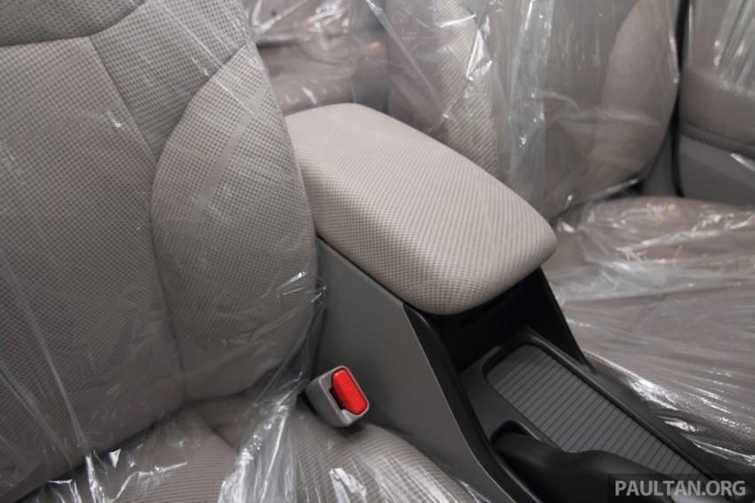 GALLERY: 2014 Honda Civic 1.8S facelift in showroom Image #288311