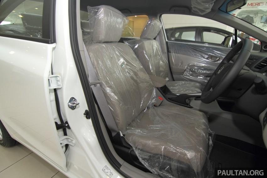 GALLERY: 2014 Honda Civic 1.8S facelift in showroom Image #288317