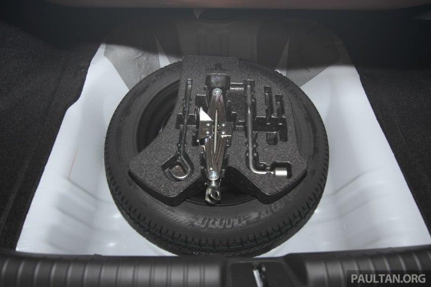 GALLERY: 2014 Honda Civic 1.8S facelift in showroom Image #288323
