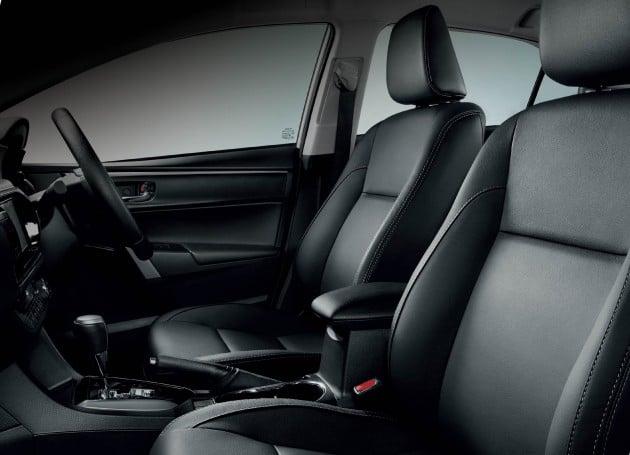 Corolla Altis 1.8G interior