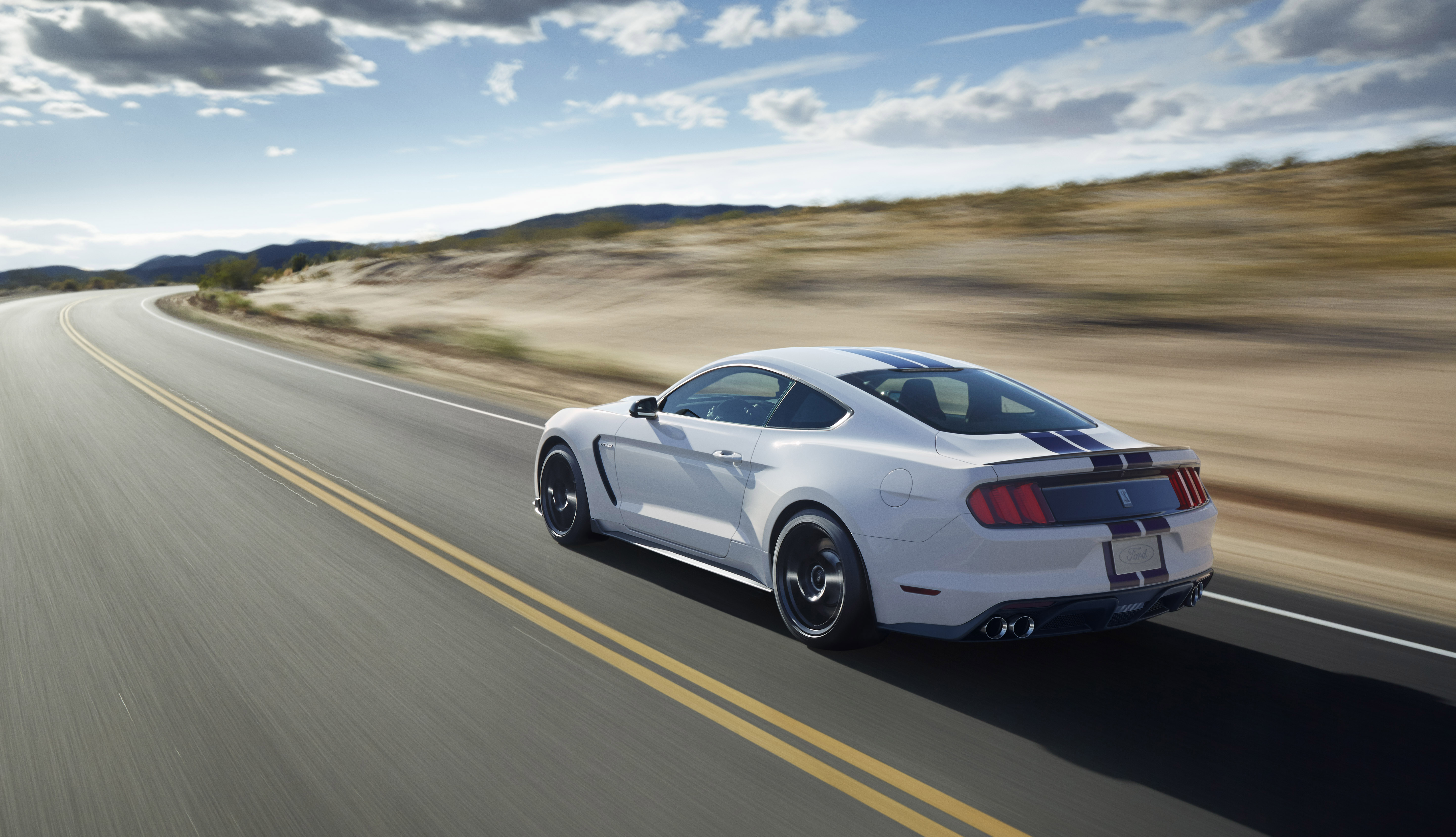 2016 Ford Mustang Shelby Gt350 Flat Plane V8 Pony Image