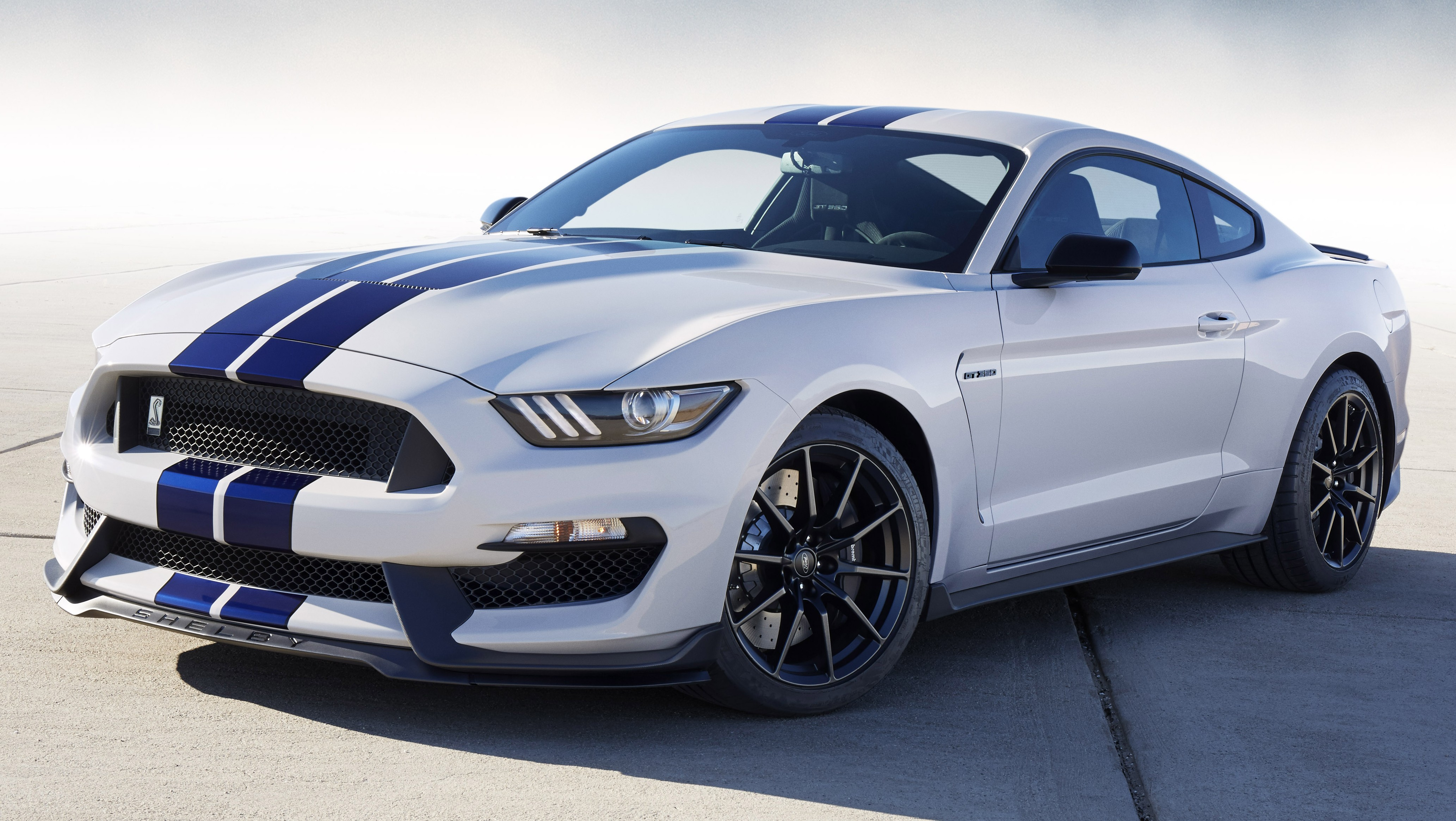 2016 ford mustang shelby gt350 flat plane v8 pony