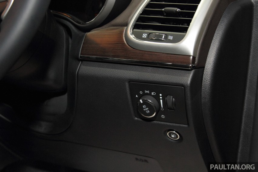 Jeep Grand Cherokee launched in M'sia, from RM449k Image #292392