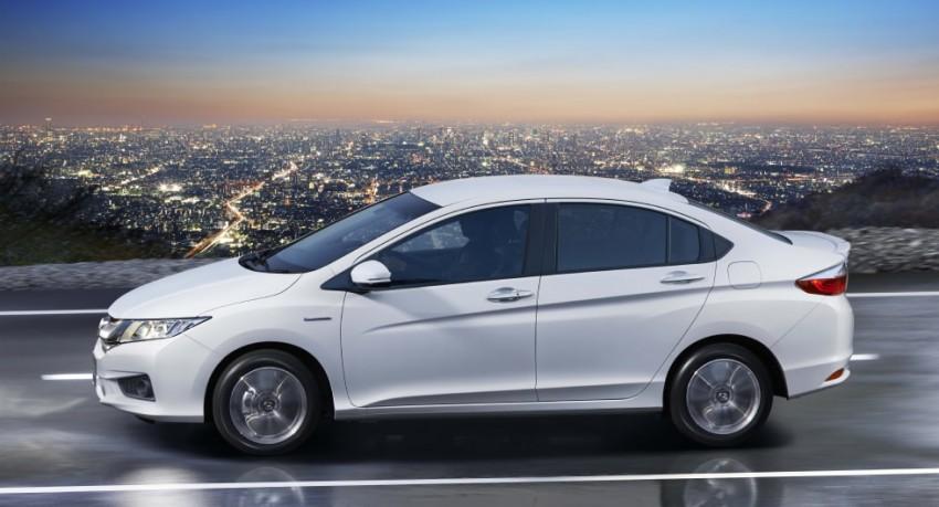 Honda City Hybrid unveiled in Japan as Honda Grace Image #284520