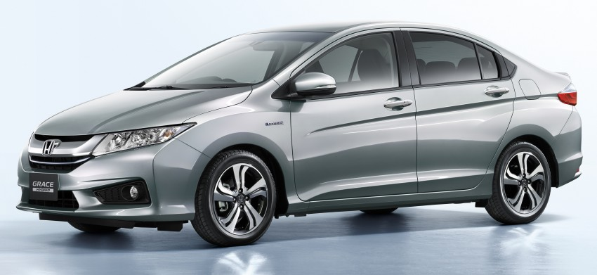 Honda City Hybrid unveiled in Japan as Honda Grace Image #284513