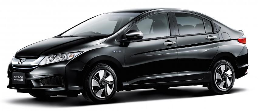 Honda City Hybrid unveiled in Japan as Honda Grace Image #284515