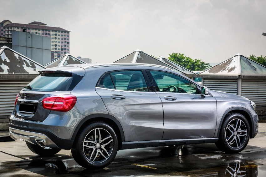 Mercedes benz gla class suv launched in malaysia gla 200 for Mercedes benz suv gla