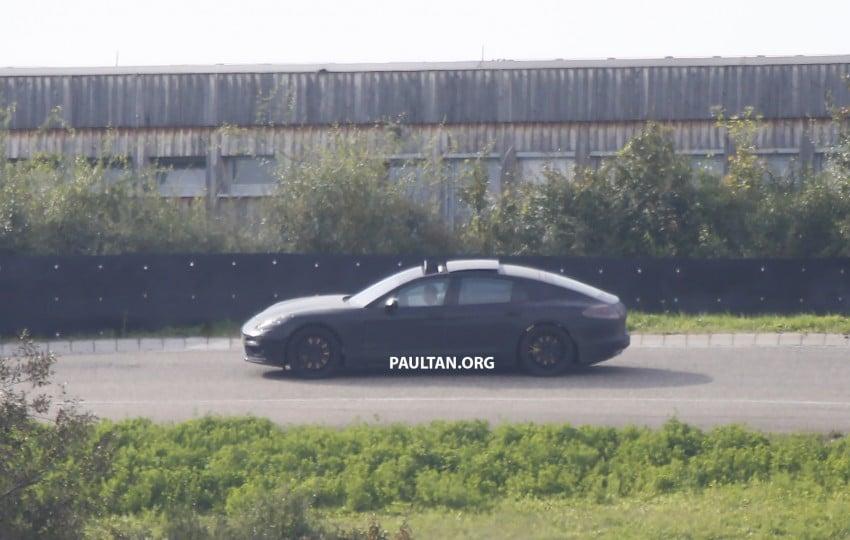SPYSHOTS: Next-gen Porsche Panamera spotted Image #285437