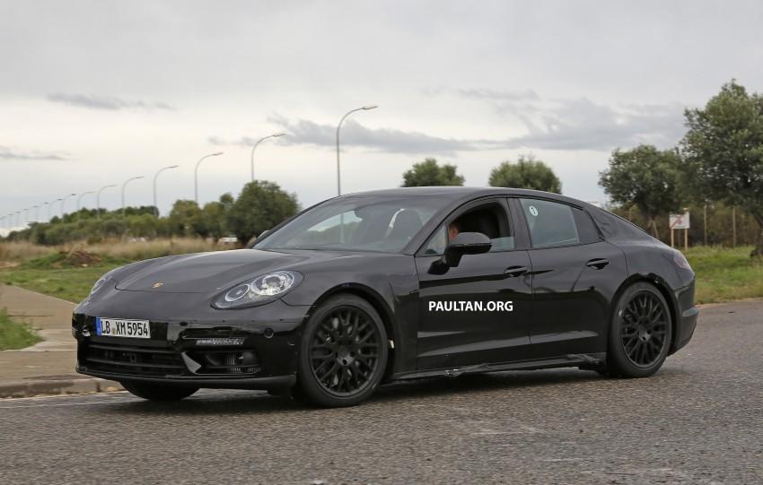SPYSHOTS: Next-gen Porsche Panamera spotted Image #285442