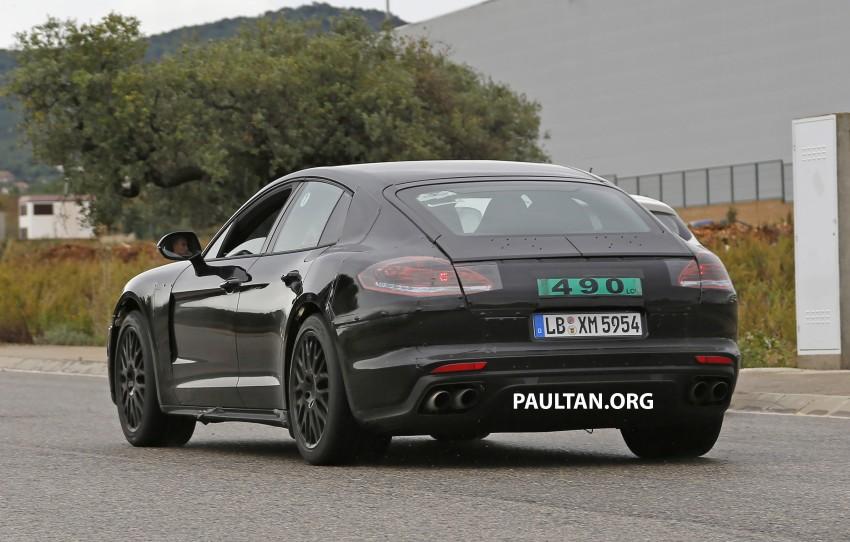 SPYSHOTS: Next-gen Porsche Panamera spotted Image #285446