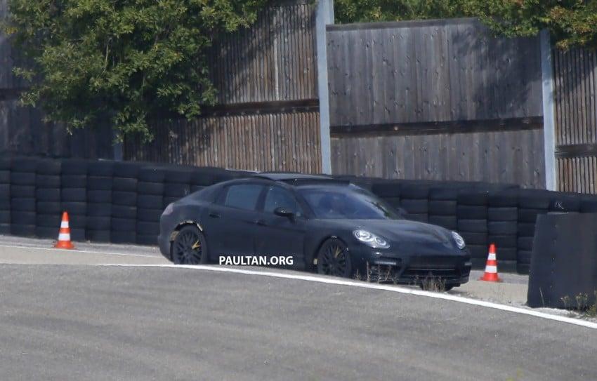 SPYSHOTS: Next-gen Porsche Panamera spotted Image #285427