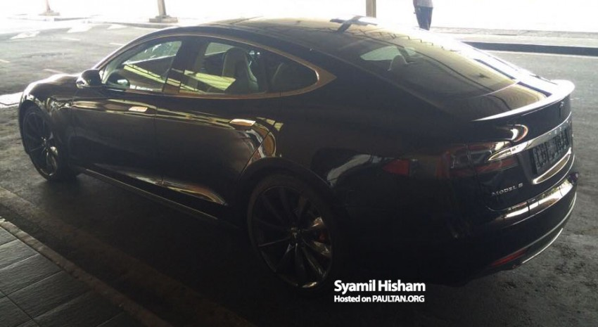 Tesla Model S spotted in Malaysia – grey import? Image #289354