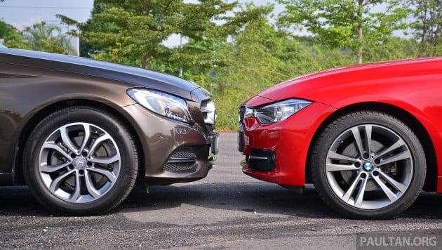 W205_Mercedes-Benz_C-Class_vs_F30_BMW_3_Series_ 026