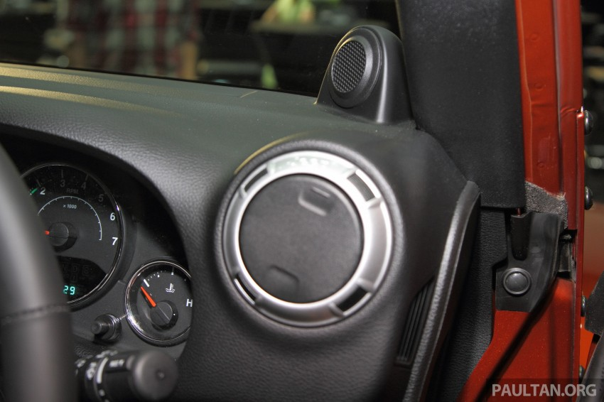 Jeep Wrangler launched in Malaysia: Unlimited Sport RM289k, Unlimited Sahara RM329k, Rubicon RM339k Image #292457