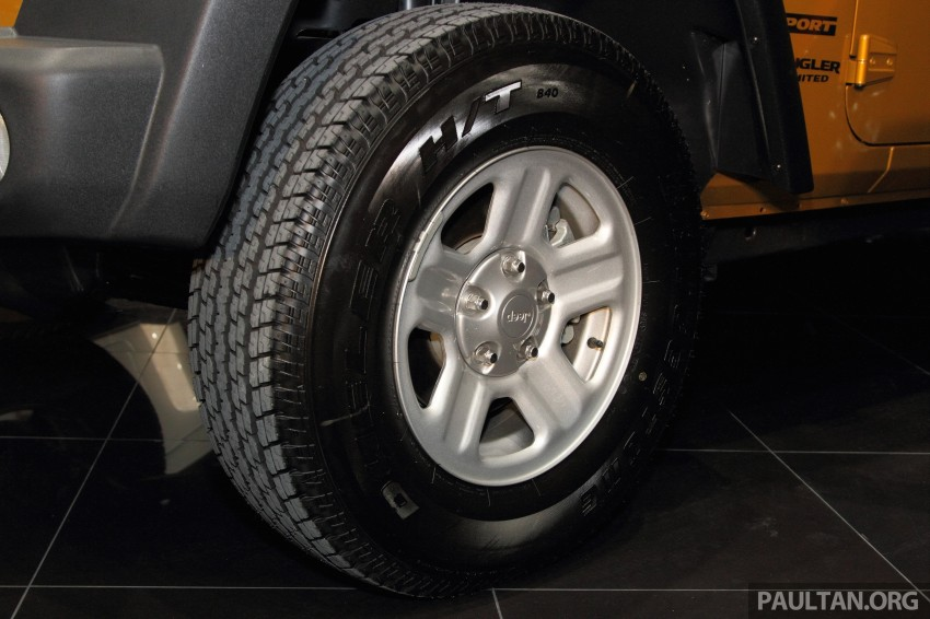 Jeep Wrangler launched in Malaysia: Unlimited Sport RM289k, Unlimited Sahara RM329k, Rubicon RM339k Image #292475