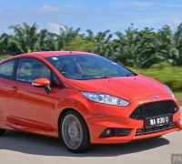 2014_Top_Five_Ford_Fiesta_ST_ 002